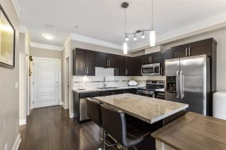 """Photo 4: 307 20630 DOUGLAS Crescent in Langley: Langley City Condo for sale in """"BLU"""" : MLS®# R2539447"""