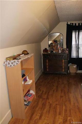Photo 9: 384 Albany Street in Winnipeg: St James Residential for sale (5E)  : MLS®# 1710389
