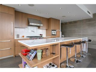 Photo 2: # 801 221 UNION ST in Vancouver: Mount Pleasant VE Condo for sale (Vancouver East)  : MLS®# V1033971