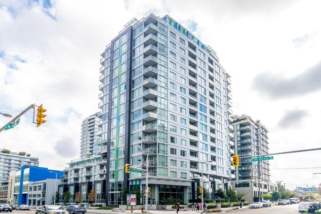 Main Photo: 502 1708 ONTARIO Street in Vancouver: Mount Pleasant VE Condo for sale (Vancouver East)  : MLS®# R2617987