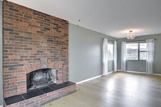 Photo 5: 227 Glamorgan Place SW in Calgary: Glamorgan Detached for sale : MLS®# A1118263