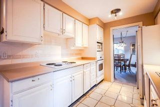 """Photo 7: 3 14045 NICO WYND Place in Surrey: Elgin Chantrell Condo for sale in """"Nico Wynd Estates"""" (South Surrey White Rock)  : MLS®# R2030707"""