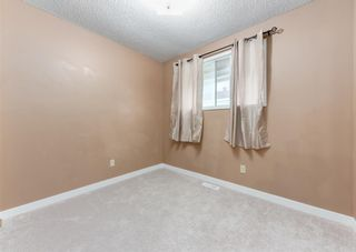 Photo 12: 228 Berwick Drive NW in Calgary: Beddington Heights Semi Detached for sale : MLS®# A1137889