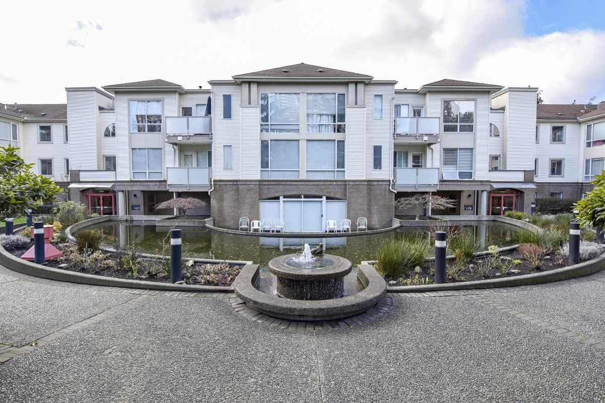"Main Photo: 304 6740 STATION HILL Court in Burnaby: South Slope Condo for sale in ""Wyndham Court"" (Burnaby South)  : MLS®# R2539460"