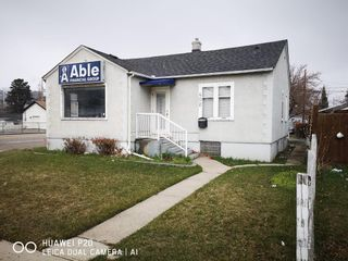 Main Photo: 402 14 Avenue NE in Calgary: Renfrew Retail for sale : MLS®# A1098309