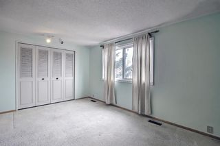Photo 29: 329 Woodvale Crescent SW in Calgary: Woodlands Semi Detached for sale : MLS®# A1093334