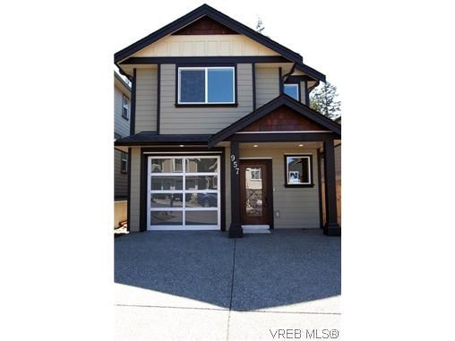 Main Photo: 957 Tayberry Terr in VICTORIA: La Happy Valley House for sale (Langford)  : MLS®# 627375