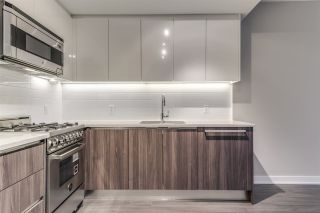 """Photo 12: 1705 4900 LENNOX Lane in Burnaby: Metrotown Condo for sale in """"THE PARK"""" (Burnaby South)  : MLS®# R2223215"""