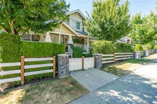 """Photo 2: 23 6568 193B Street in Surrey: Clayton Townhouse for sale in """"Belmont at Southlands"""" (Cloverdale)  : MLS®# R2483175"""