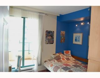 """Photo 7: 705 1355 W BROADWAY BB in Vancouver: Fairview VW Condo for sale in """"THE BROADWAY"""" (Vancouver West)  : MLS®# V761495"""