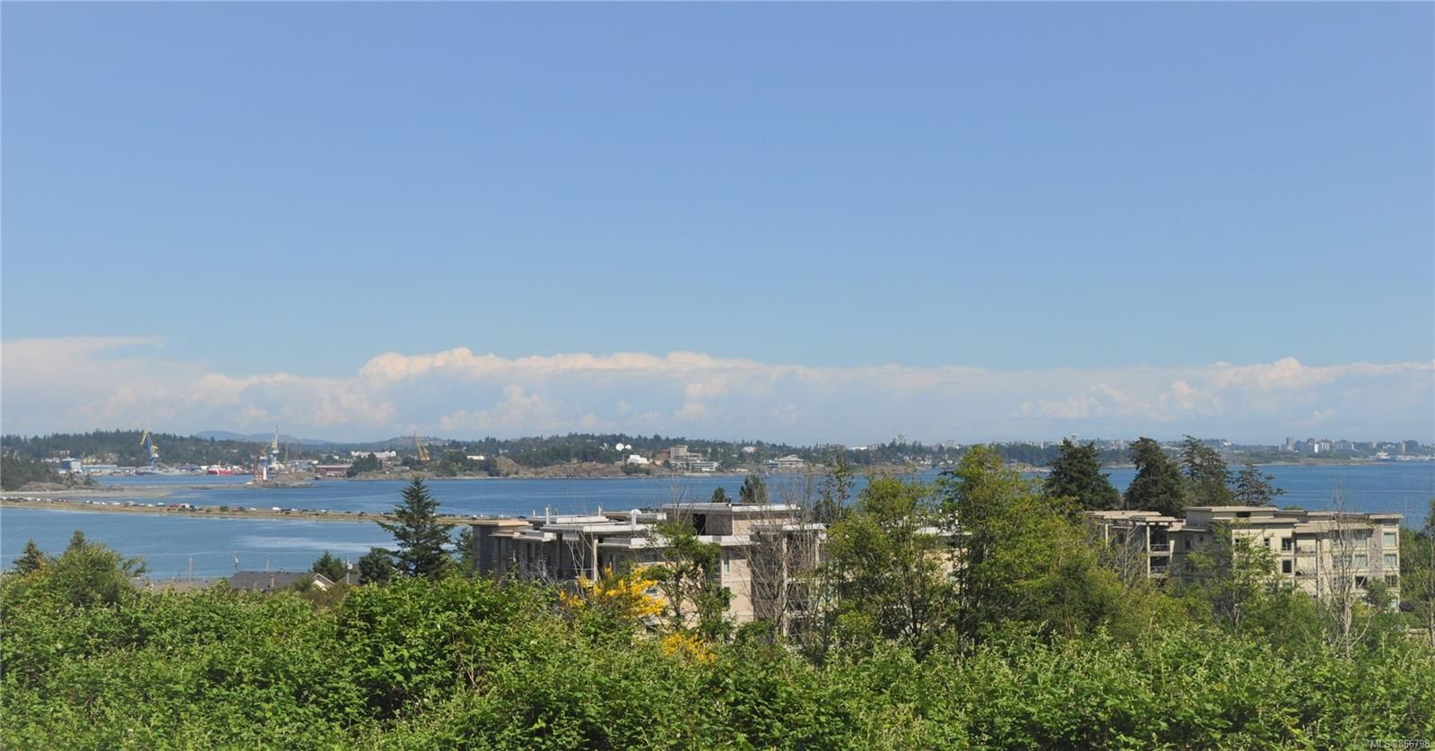 Main Photo: 108 3234 Holgate Lane in : Co Lagoon Condo for sale (Colwood)  : MLS®# 866798