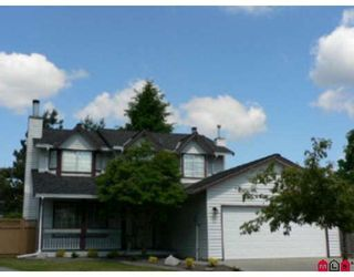 Photo 1: 15427 92A Avenue in Surrey: Fleetwood Tynehead House for sale : MLS®# F2818139