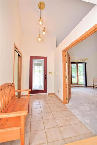 Photo 2: 660 Charleswood Road in Winnipeg: Charleswood Residential for sale (1G)  : MLS®# 202120885