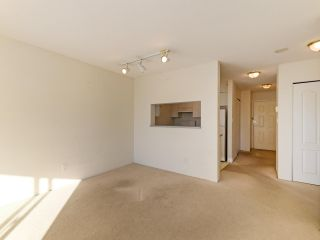 Photo 4: 603 3489 ASCOT Place in Vancouver: Collingwood VE Condo for sale (Vancouver East)  : MLS®# R2521275