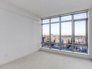 """Photo 10: 4005 1028 BARCLAY Street in Vancouver: West End VW Condo for sale in """"PATINA"""" (Vancouver West)  : MLS®# R2147918"""