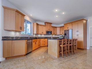 Photo 2: 5750 GENNI'S Way in Sechelt: Sechelt District House for sale (Sunshine Coast)  : MLS®# R2544525