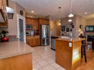 Photo 11: 950 Cordero Cres in CAMPBELL RIVER: CR Willow Point House for sale (Campbell River)  : MLS®# 719107