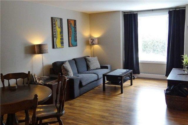 Photo 2: Photos: 8 4 Cedar Drive: Orangeville Condo for sale : MLS®# W3705491
