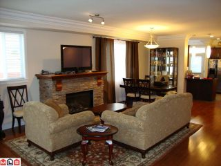 """Photo 2: 4 35626 MCKEE Road in Abbotsford: Abbotsford East Townhouse for sale in """"LEDGEVIEW VILLAS"""" : MLS®# F1027269"""
