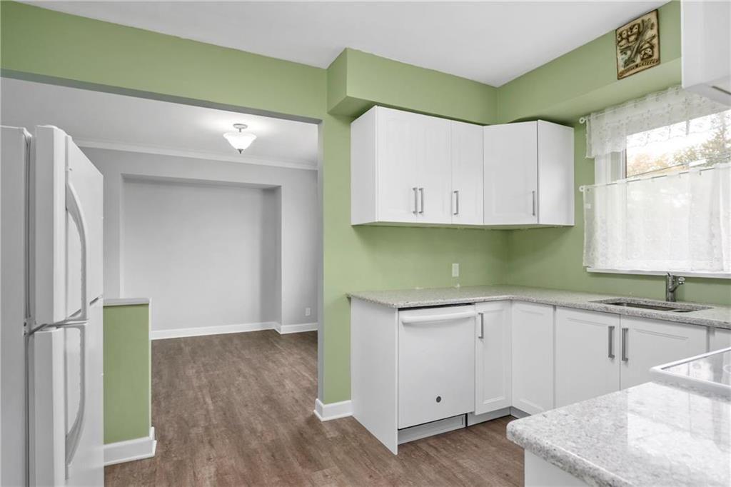 Photo 8: Photos: 9 Kenneth Street in Winnipeg: East Fort Garry Residential for sale (1J)  : MLS®# 202024668