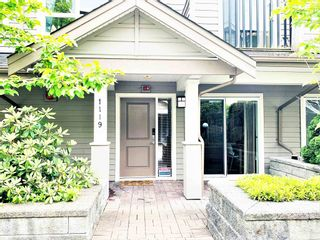 """Photo 2: 1119 ST. ANDREWS Avenue in North Vancouver: Central Lonsdale Townhouse for sale in """"St.Andres Gardens"""" : MLS®# R2591392"""
