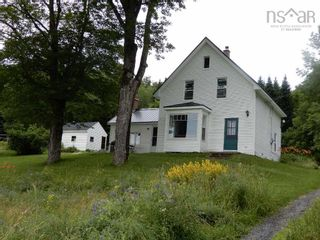 Photo 1: 504 East River East Side Road in Iron Rock: 108-Rural Pictou County Residential for sale (Northern Region)  : MLS®# 202120229