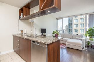 "Photo 7: 1605 1010 RICHARDS Street in Vancouver: Yaletown Condo for sale in ""The Gallery"" (Vancouver West)  : MLS®# R2487473"