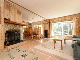 Photo 5: 3109 Cameron-Taggart Rd in COBBLE HILL: ML Cobble Hill House for sale (Malahat & Area)  : MLS®# 785077