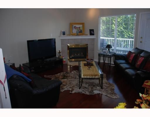 """Photo 4: Photos: 24 1751 PADDOCK Drive in Coquitlam: Westwood Plateau Townhouse for sale in """"WORTHING GREEN"""" : MLS®# V775478"""