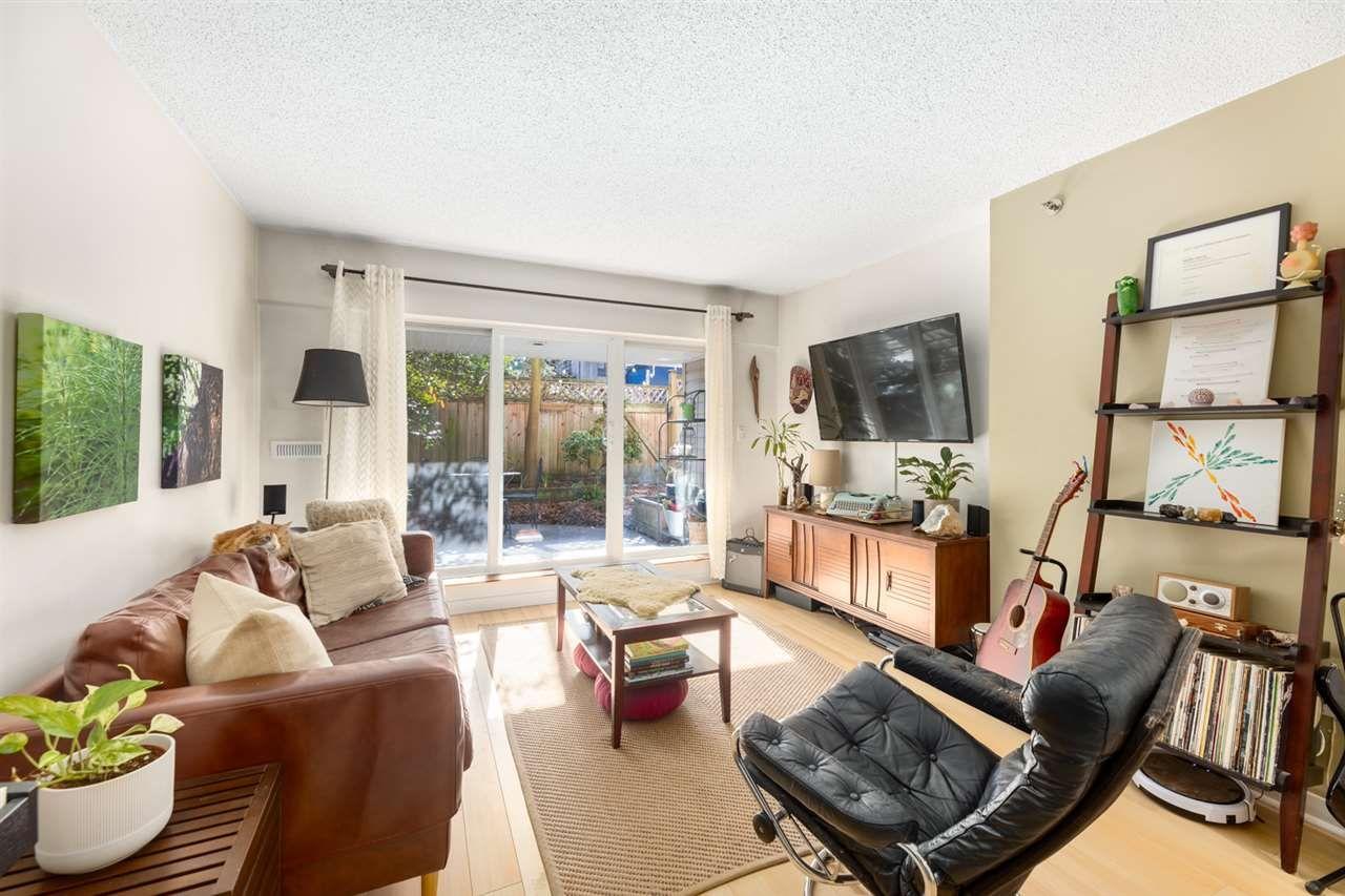 Main Photo: 107 825 E 7TH AVENUE in Vancouver: Mount Pleasant VE Condo for sale (Vancouver East)  : MLS®# R2438520