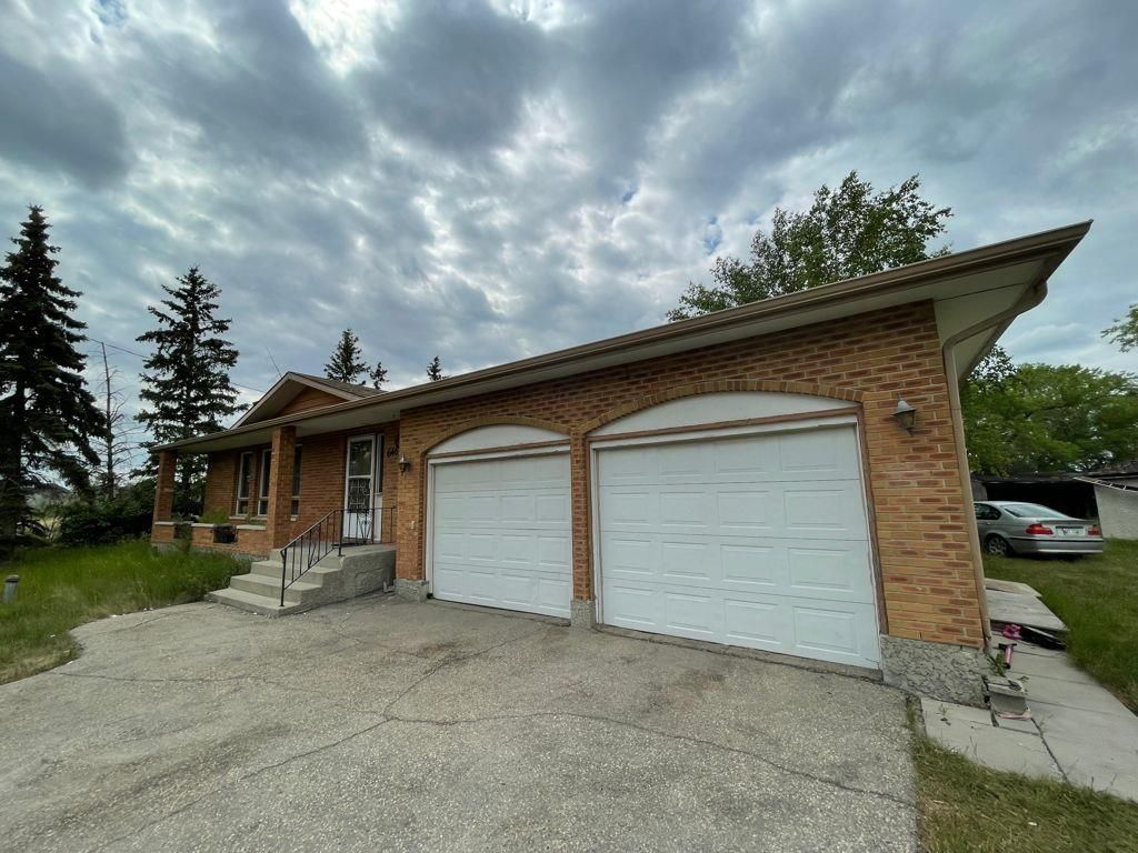 Main Photo: 646 Pipeline Road in Winnipeg: Amber Trails Residential for sale (4F)  : MLS®# 202117127