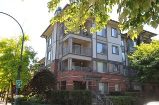 "Photo 10: 315 2468 ATKINS Avenue in Port Coquitlam: Central Pt Coquitlam Condo for sale in ""THE BORDEAUX"" : MLS®# R2195449"