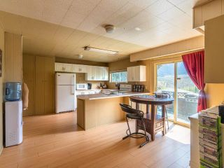 Photo 4: 567 COLUMBIA STREET: Lillooet House for sale (South West)  : MLS®# 162749