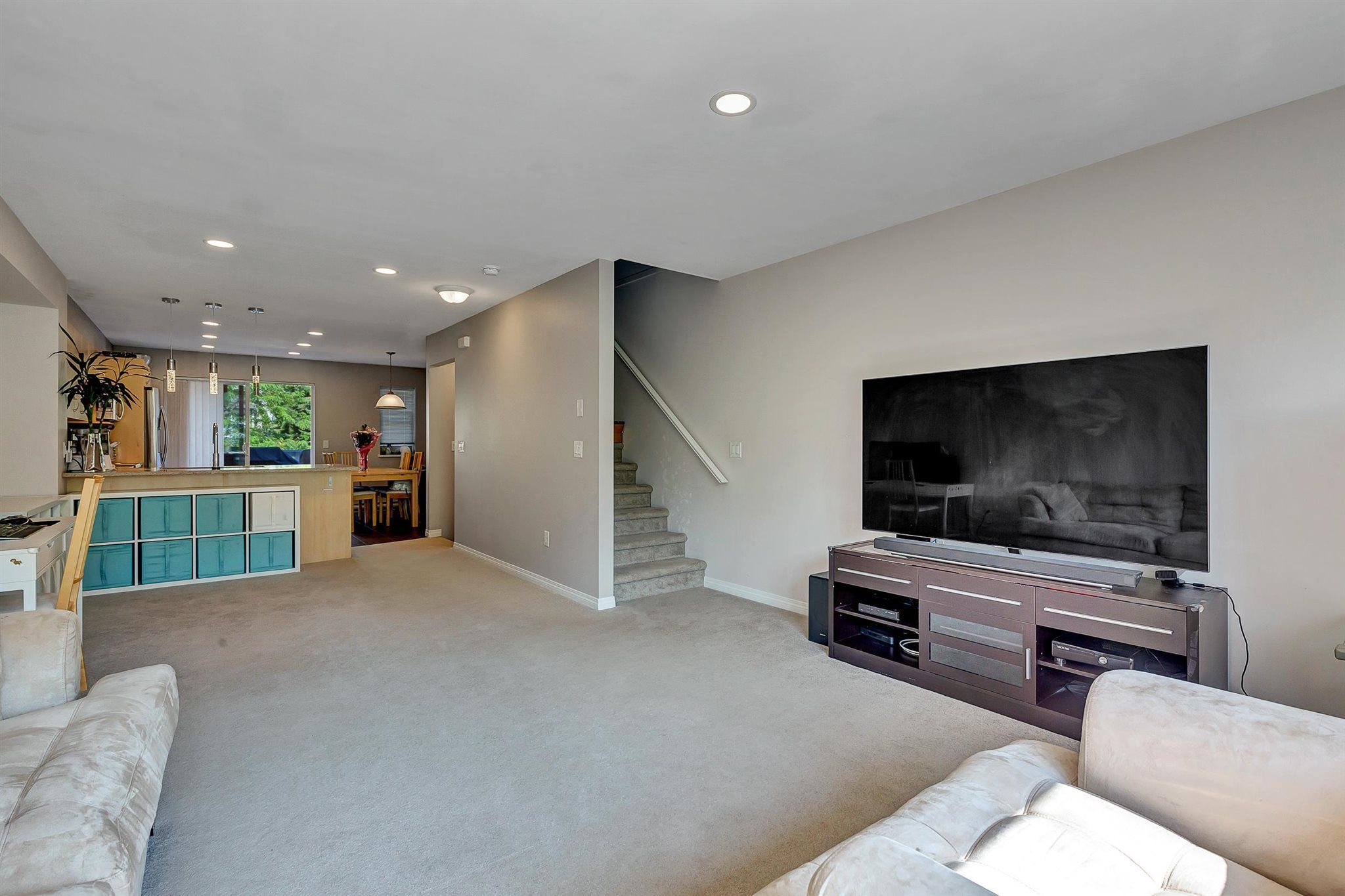 """Photo 9: Photos: 9 15871 85 Avenue in Surrey: Fleetwood Tynehead Townhouse for sale in """"Huckleberry"""" : MLS®# R2606668"""