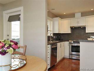 Photo 8: 201 1037 Richardson St in VICTORIA: Vi Fairfield West Condo for sale (Victoria)  : MLS®# 610474