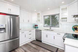 Photo 1: 6915 98A Avenue in Edmonton: Zone 19 House for sale : MLS®# E4254024