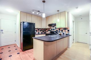 Photo 3: 808 819 HAMILTON STREET in Vancouver: Downtown VW Condo for sale (Vancouver West)  : MLS®# R2118682