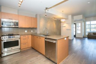 Photo 3: 2711 SPRING STREET in Port Moody: Port Moody Centre Townhouse for sale : MLS®# R2068490