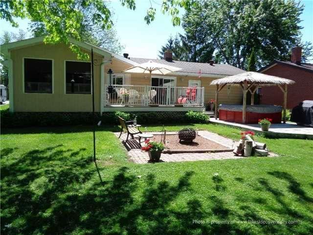 Main Photo: 9 Pinetree Court in Ramara: Brechin House (Bungalow) for sale : MLS®# X3511812