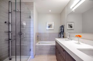 """Photo 11: PH3 5555 DUNBAR Street in Vancouver: Dunbar Condo for sale in """"5555 Dunbar"""" (Vancouver West)  : MLS®# R2081616"""
