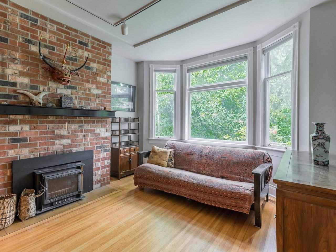 Photo 19: Photos: 2556 W 2ND Avenue in Vancouver: Kitsilano House for sale (Vancouver West)  : MLS®# R2593228