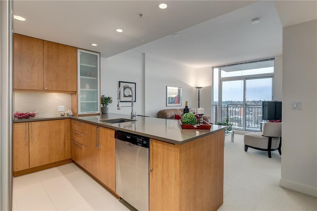 Main Photo: 1807 1118 12 Avenue SW in Calgary: Beltline Apartment for sale : MLS®# C4288279