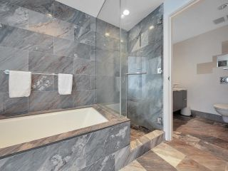"""Photo 17: 2504 1111 ALBERNI Street in Vancouver: West End VW Condo for sale in """"Shangri-La"""" (Vancouver West)  : MLS®# R2602921"""