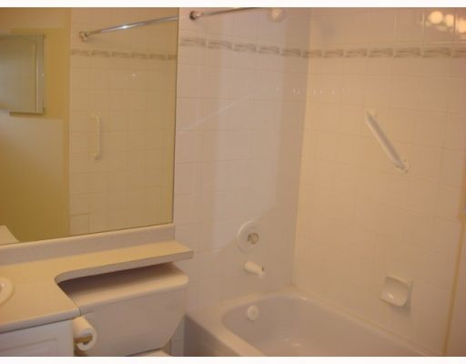 """Photo 5: Photos: 201 3733 NORFOLK Street in Burnaby: Central BN Condo for sale in """"WINCHELSEA"""" (Burnaby North)  : MLS®# V783306"""