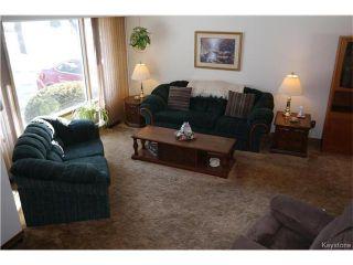 Photo 5: 5 Saturn Bay in Winnipeg: West Fort Garry Residential for sale (1Jw)  : MLS®# 1704507