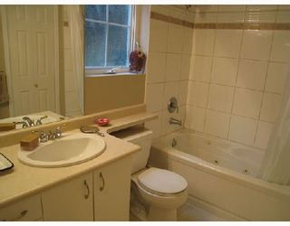 """Photo 9: 966 W 16TH Avenue in Vancouver: Cambie Condo for sale in """"WESTHAVEN"""" (Vancouver West)  : MLS®# V730484"""