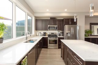 Photo 3: 1908 TANAGER Place in Edmonton: Zone 59 House Half Duplex for sale : MLS®# E4265567