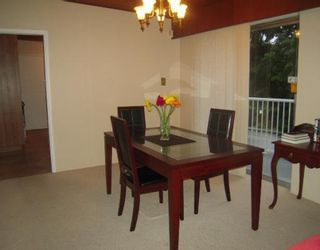 """Photo 3: 1580 COLEMAN Street in North Vancouver: Lynn Valley House for sale in """"Upper Lynn Valley"""" : MLS®# V812014"""