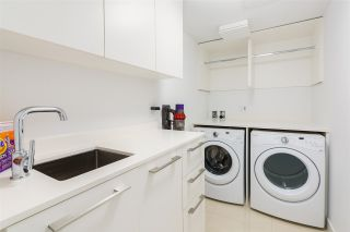 """Photo 22: 101 1055 RIDGEWOOD Drive in North Vancouver: Edgemont Townhouse for sale in """"CONNAUGHT"""" : MLS®# R2589263"""