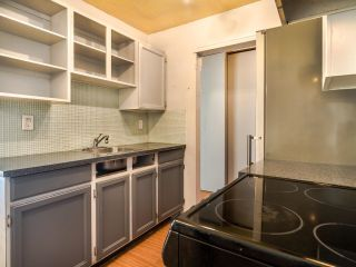 """Photo 9: 305 930 E 7TH Avenue in Vancouver: Mount Pleasant VE Condo for sale in """"Windsor Park"""" (Vancouver East)  : MLS®# R2617396"""